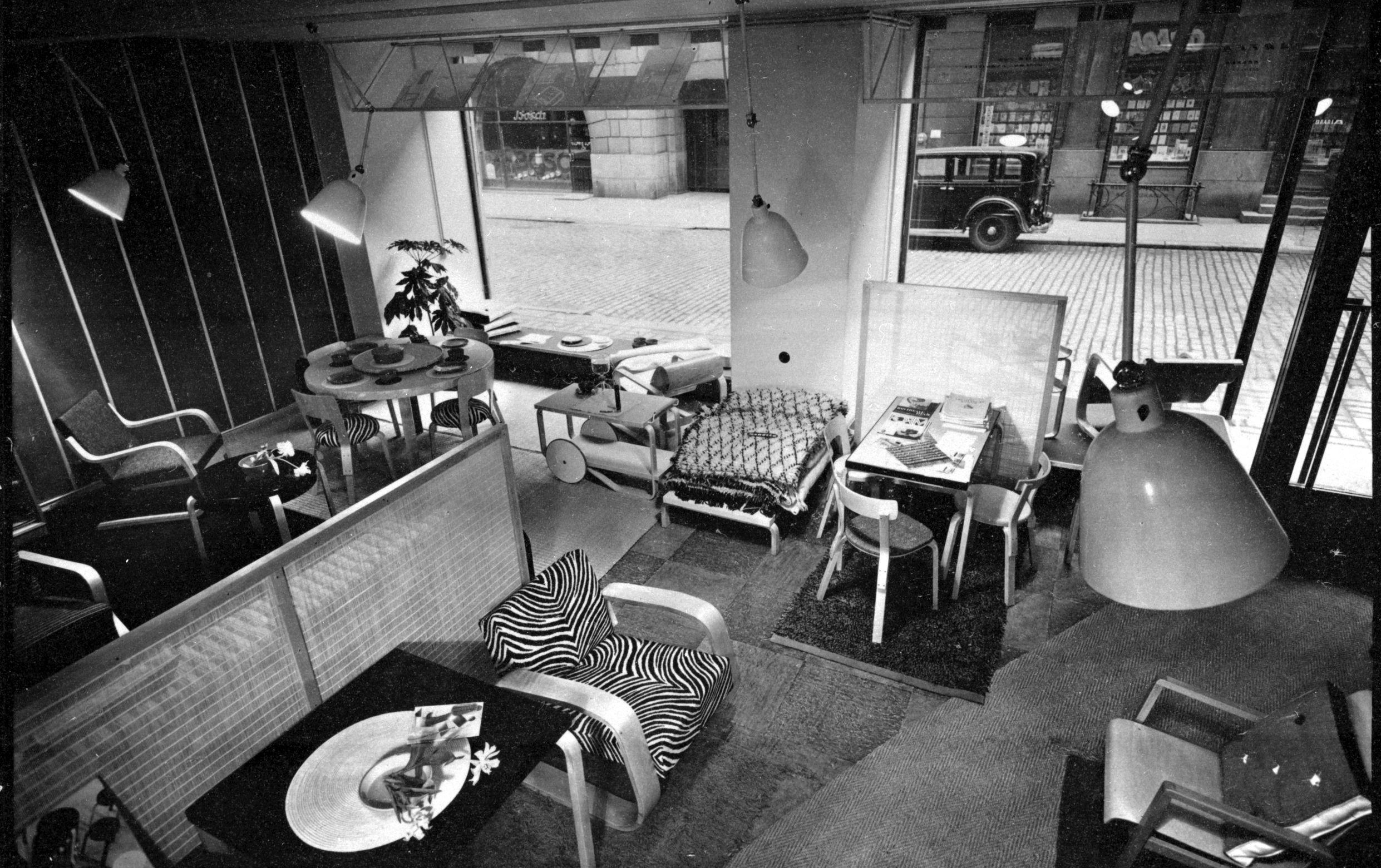 Fabianinkatu-first-Artek-store-in-Helsinki-1936-1848830.jpg